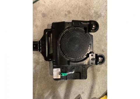 2013 Ford Factory 700w Sony Subwoofer and Amp