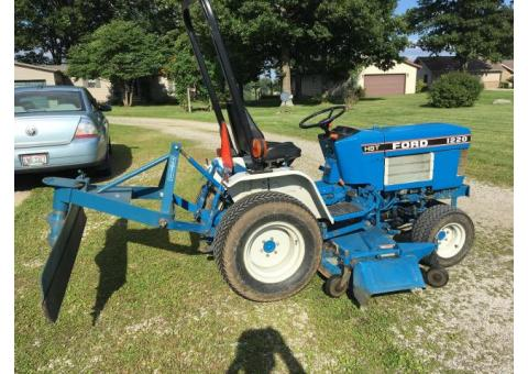Ford 1220 lawn tractor