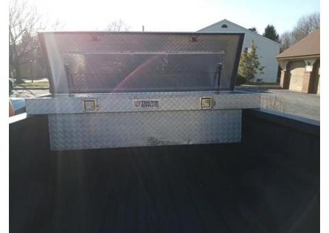TOOL BOX FOR TRUCK BED